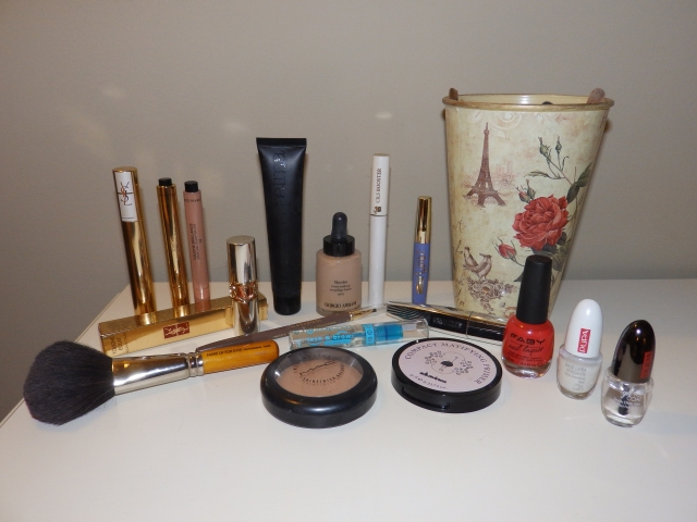 beauty, diego dalla palma, davines, make up forever, mac, pupa, faby, nails, lancome , maestro di Giorgio Armani, Giorgio armani, essence
